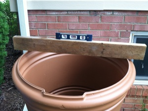 Leveling the rain barrel
